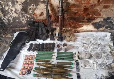 """السلطات المصرية تقتل مسلحاً وتعثر بحوزته على أسلحة """"خطيرة"""""""