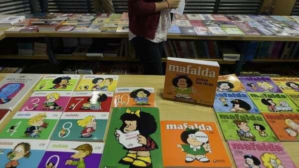 يتم عرض المجلات الكوميدية الأرجنتينية