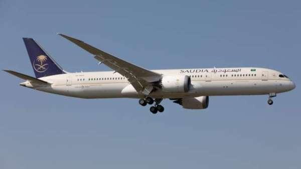 طائرة تابعة للخطوة الجوية السعودية